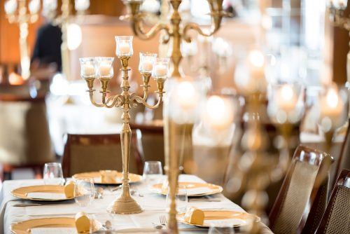 banquet-candelabra-candles-1712085
