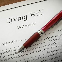 living-will-document-pen-750